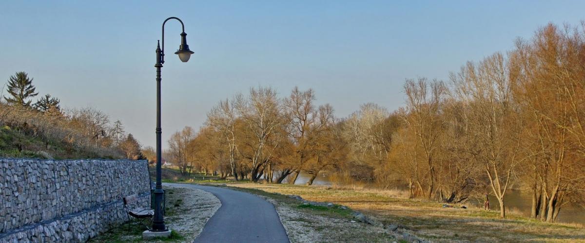 Rácalmási szigetfutás - Kerékpárút a Rácalmási-Duna mellett Fotó: Bokor Istvánné